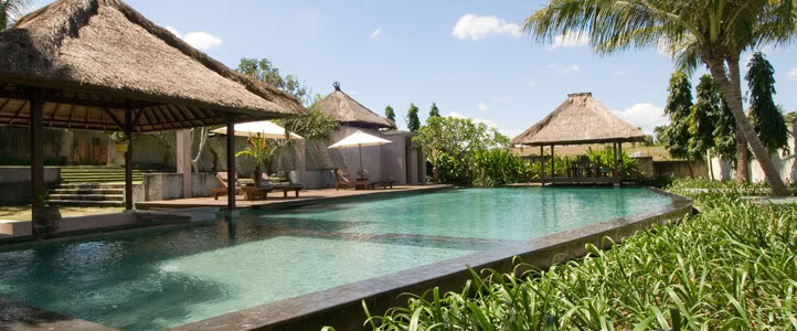 Bali Grand Akhyati Villas Honeymoon Package -  Pool
