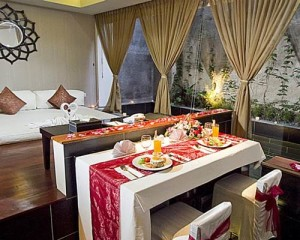 Bali-18-Suites-Villas-Honeymoon-Package-Romantic-Villa
