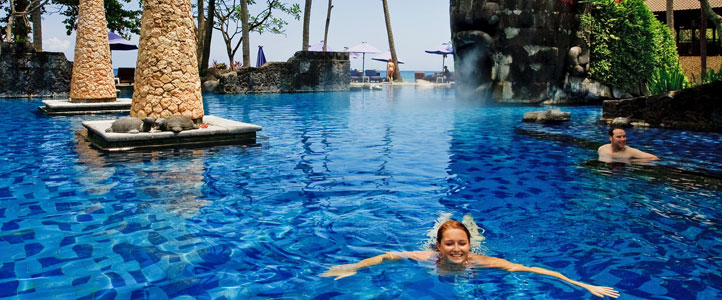Lombok Sheraton Senggigi Honeymoon Package - Beach Pool