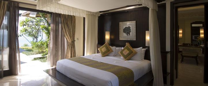 Bali Ayana Resort Honeymoon Package - Ayana Cliff Villa Bedroom
