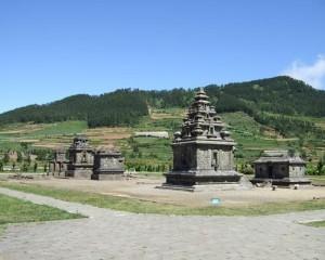 Komplek-Candi-Arjuna