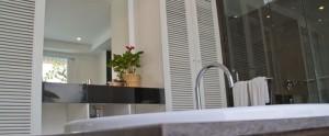 Bali-Astana-Batubelig-Honeymoon-Bathroom