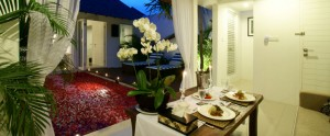 Bali-Astana-Kunti-Honeymoon-Villa-Dinning