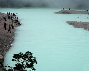 Bandung-Kawah-Putih-Danau