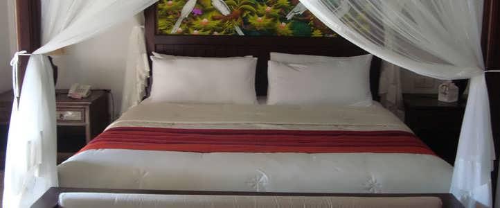 Lombok Puri Mas Boutique - Jacuzzy Suite Bedroom