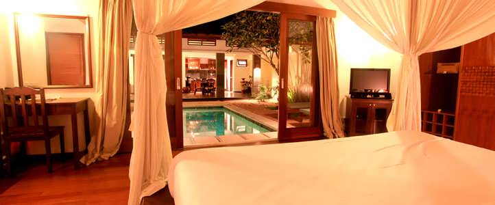 Lombok Puri Mas Boutique - Romantic Bedroom Pool Villa