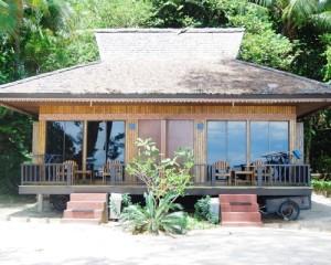 Tour-Pulau-Putri-Resort-Akomodasi-Bungalow-Cottage