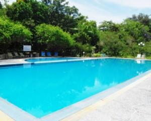 Tour-Pulau-Putri-Resort-Kolam-Renang