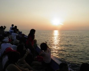 Tour-Pulau-Putri-Resort-Sunset-Cruise