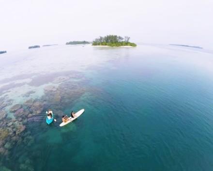 Pulau Macan Eco Resort - Laut Yang Jernih