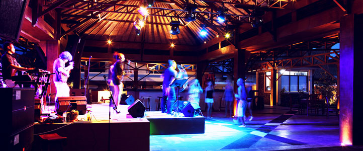Aston Sunset Beach Resort - Live Music
