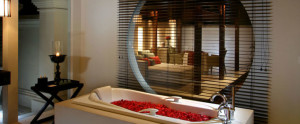 Bali Royal Santrian Honeymoon Villa - Deluxe Bathroom