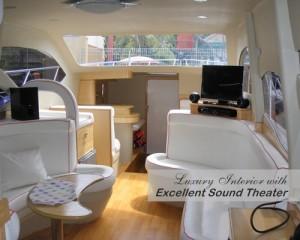 Sewa-Kapal-Speedboat-Marina-Ancol-Interior-Mewah-Home-Theater