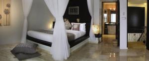 Bali-Dreamland-Honeymoon-Villa-Bedroom-Villa