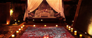Bali-Dreamland-Honeymoon-Villa-Candle-Light-Dinner