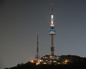 Korea-Seoul-City-Tour-N-Seoul-Tower