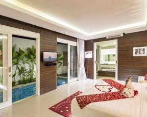 Bali-Crown-Astana-Honeymoon-Villa-Bedroom-Villa