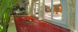 Bali-Crown-Astana-Honeymoon-Villa-Romantic-Private-Pool