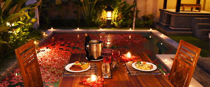 Bali Kubal Honeymoon Villa - Romantic Dinner Setup