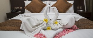 Bali Flamingo Dewata Honeymoon - Bedroom Setup Villa