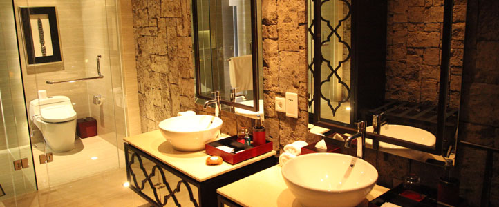 Bali-Berry-Amour-Honeymoon-Villa-Bathroom