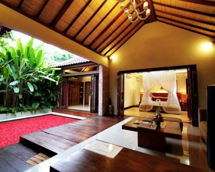 Bali Grand Akhyati Villas Honeymoon Package - Romantic Room Villa