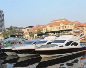 Sewa Kapal Speedboat Yacht - Reguler dan Charter