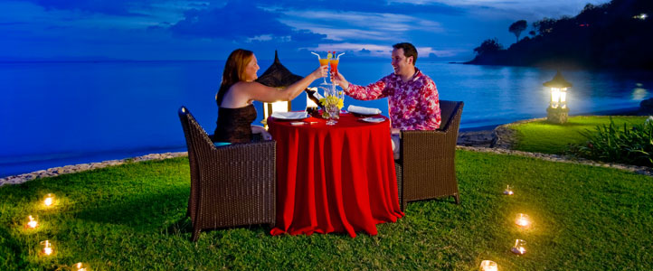Lombok Sheraton Senggigi Honeymoon Package - Candle Light Dinner