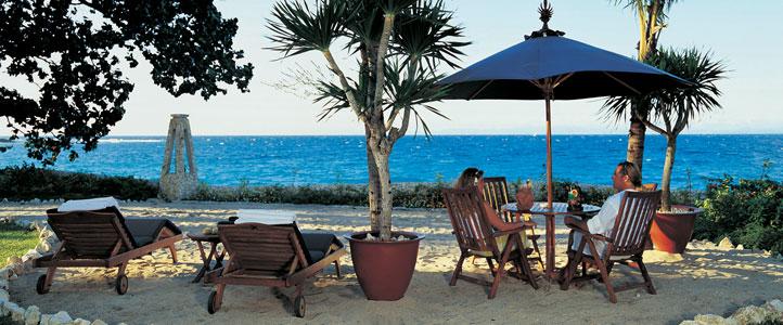 Lombok Pool Villa Club Honeymoon Package - beach-front-seater