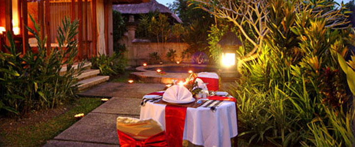 Bali Santi Mandala Villa Honeymoon Package - Romantic Dinner
