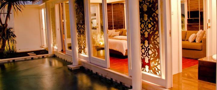 Bali Astana Batubelig Honeymoon - Romantic Bedroom