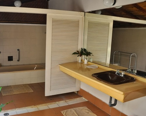 Pulau Pantara Marine Resort - Bathroom