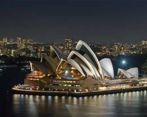 Australia-Gold-Coast-Sydney-Tour-Opera-House