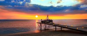 Aston-Sunset-Beach-Resort-Sunset