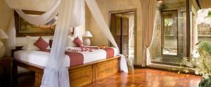 Bali-Royal-Pitamaha-Honeymoon-Villa-Bedroom-Villa