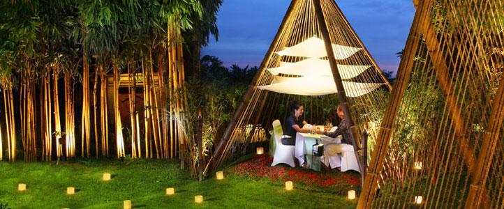 Bali Kamandalu Honeymoon Villa - Romantic Dinner