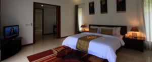 Lombok-Kebun-Villa-Honeymoon-Bedroom-Villa