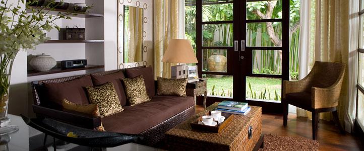 Bali De Daun Honeymoon Villa - Deluxe Pool Villa Livingroom