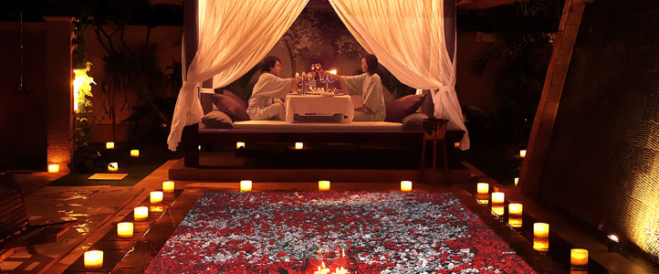 Bali Dreamland Honeymoon Villa - Candle Light Dinner