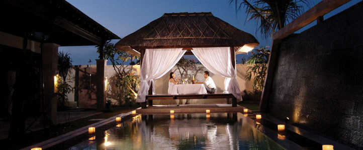 Bali Dreamland Honeymoon Villa - Romantic Dinner