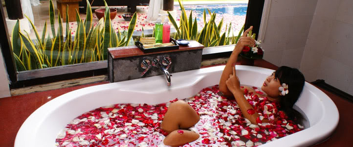 Bali Merita Villa Honeymoon Package - Flower Bath