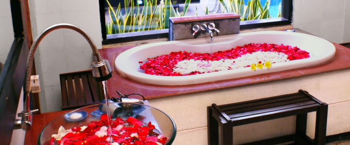 Bali Merita Villa Honeymoon Package - Romantic Flower bath