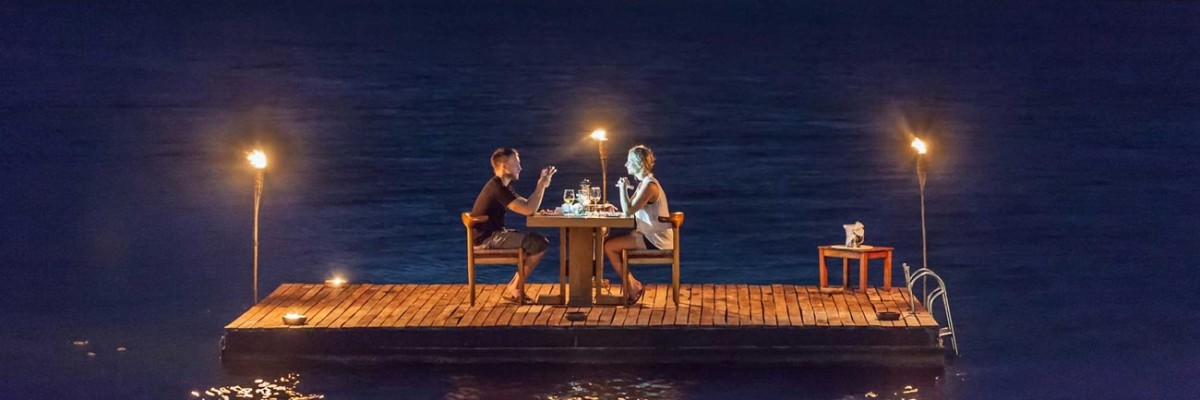 Romantic Honeymoon Villa - Romantic Dinner