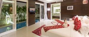 Bali-Crown-Astana-Honeymoon-Villa-Romantic-Bedroom
