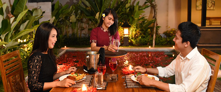 Bali Kubal Honeymoon Villa - Romantic Light Dinner