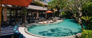 Bali-Maca-Seminyak-Honeymoon-Villa-Main-Pool
