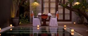 Bali-Wolas-Villa-Honeymoon-Bulan-Madu-Romantic-Dinner