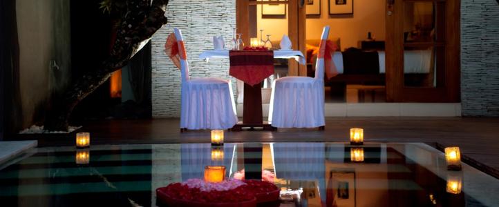 Bali Wolas Villa Honeymoon - Romantic Candle Light Dinner