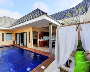 Bali-Flamingo-Dewata-Honeymoon-Pool-Villa