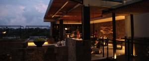Bali-Berry-Amour-Honeymoon-Villa-Romantic-Bar-Lounge